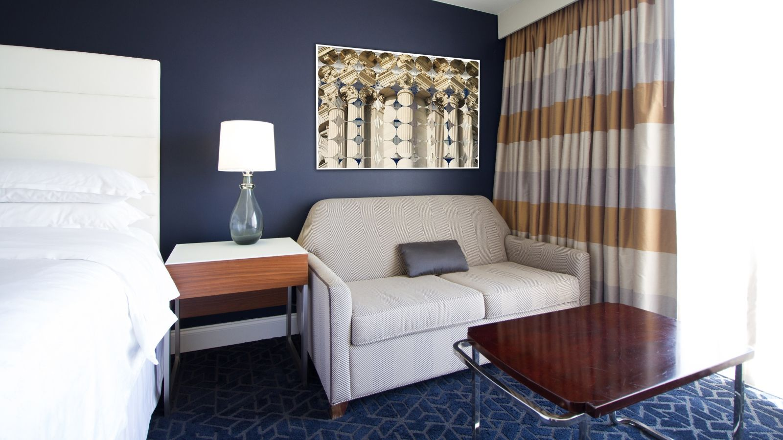 Guest Room | Sheraton Tampa Riverwalk