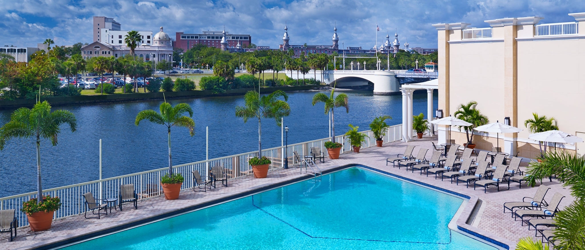Sheraton Tampa Riverwalk - Outdoor Pool